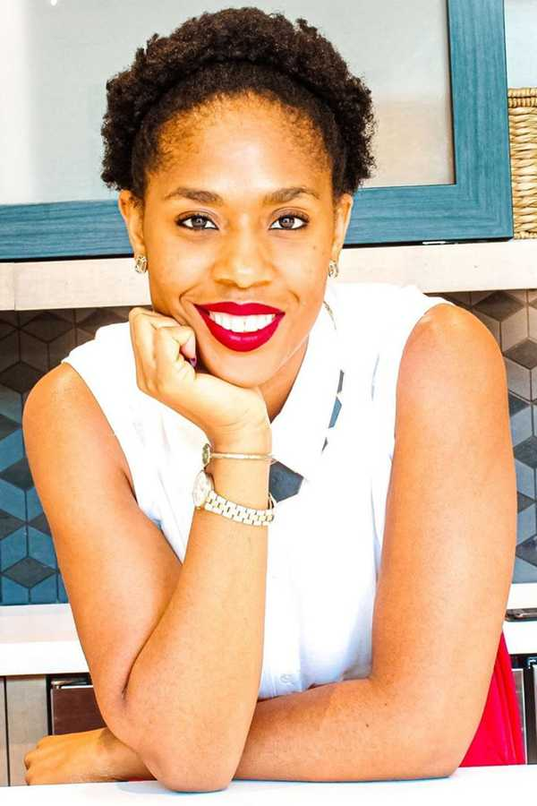 Episode 115: How To Negotiate Influencer Brand Deals With Steph Onyekwere